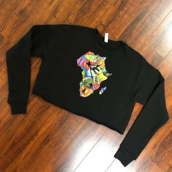 Black Cropped Fish Graphics Sweatshirt